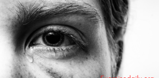 Why My Eye Hurts When I Blink